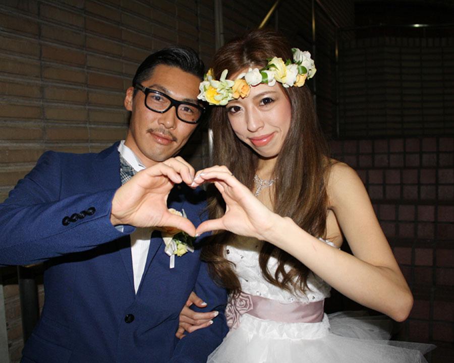銀座一丁目で結婚式二次会をした新郎新婦