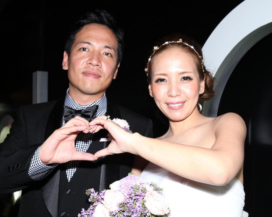 六本木でで結婚式二次会をした新郎新婦