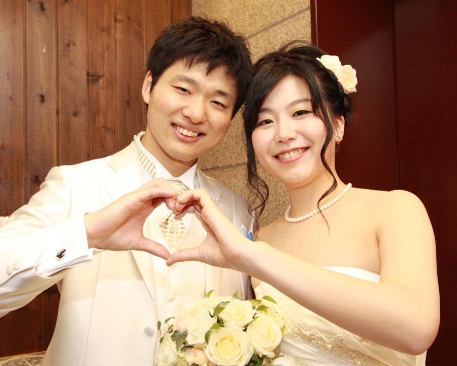 立川で結婚式二次会をした新郎新婦