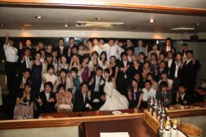 結婚式二次会で集合写真