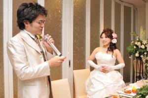結婚式二次会でサプライズの手紙