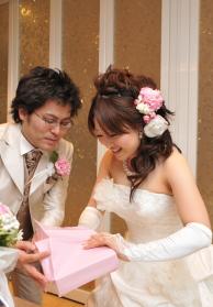 結婚式二次会でプレゼント