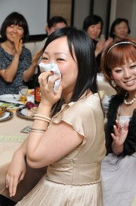 結婚式二次会で新婦の姉が号泣