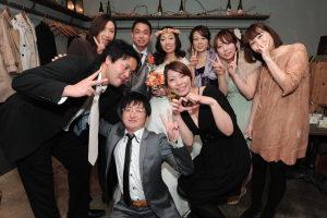 結婚式二次会の歓談写真